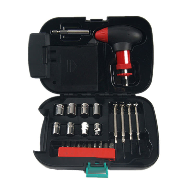 Household 24pcs Car Hardware Tools Combination Set with Flashlight