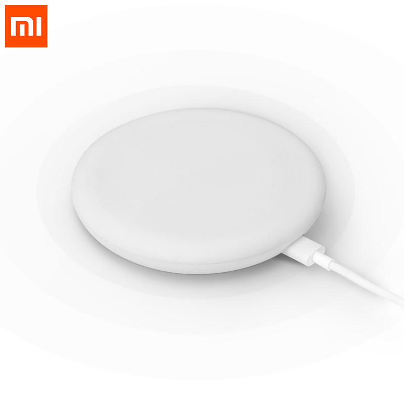 Xiaomi 20W Qi Standard Wireless Fast Charger фото
