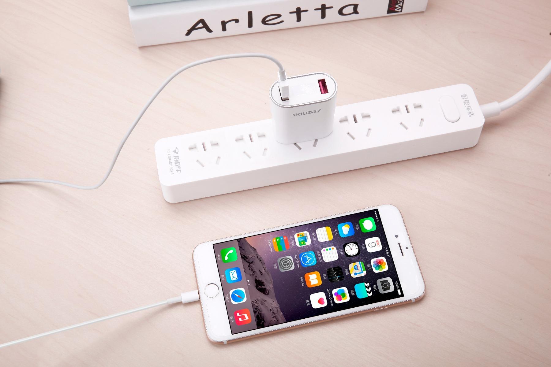 Seenda ICH-37 US Plug Power Adapter USB Charger with LED Display