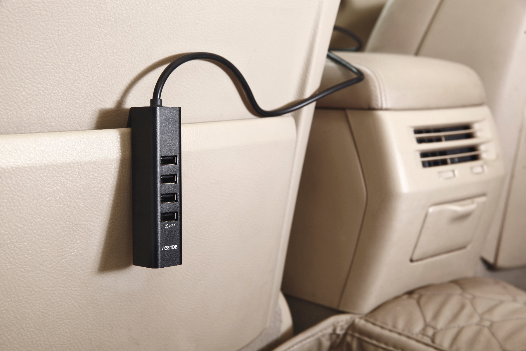 Seenda ICH-31 USB Car Charger with 6 Port
