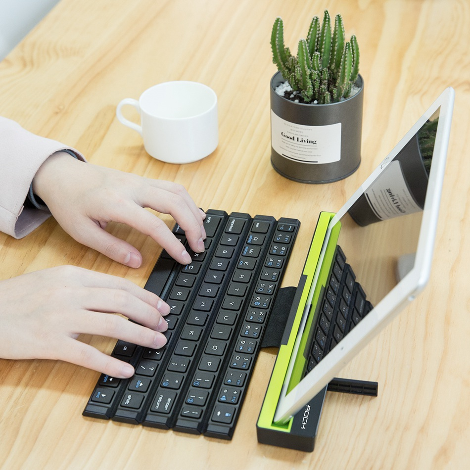 rock r4 wireless foldable keyboard price