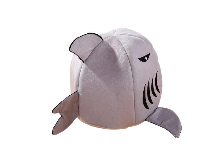 Pet Bed Warm Shark Shape Hand Wash Fiber Mat Sleeping Supplies