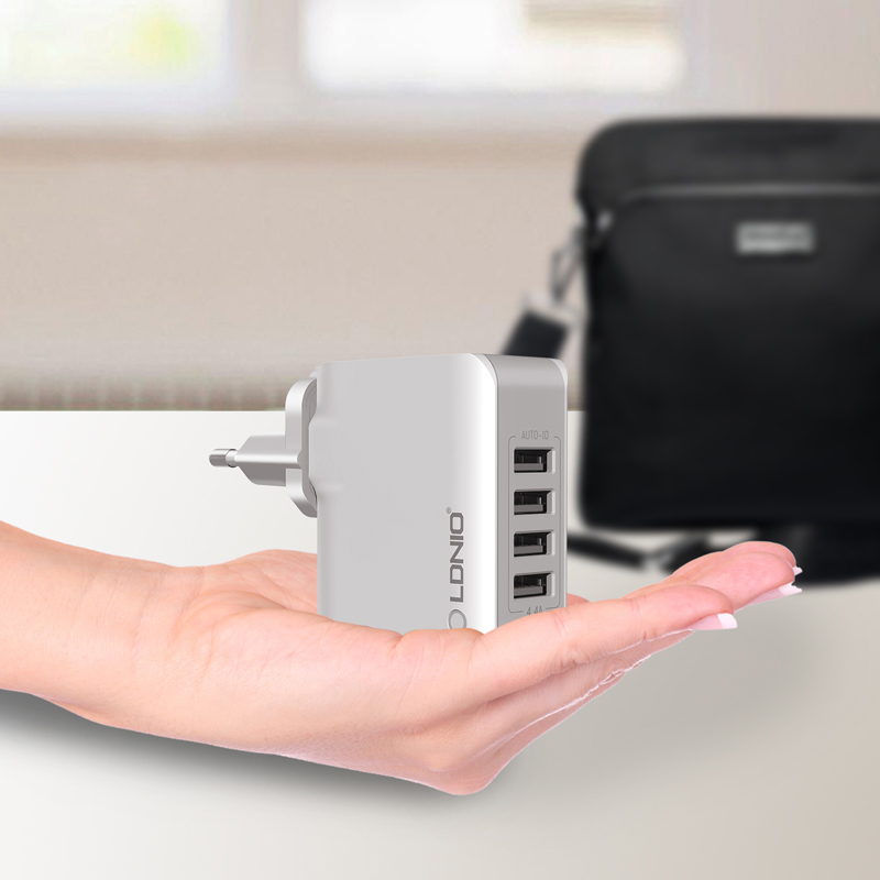 LDNIO A4403 4-Port USB Charger Adapter for iPhone Laptop Computer 5V 4.4A